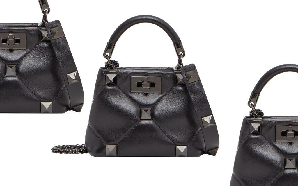 「ヴァレンティノ」の新作バッグはオールブラックが映えるモードな仕上がり!