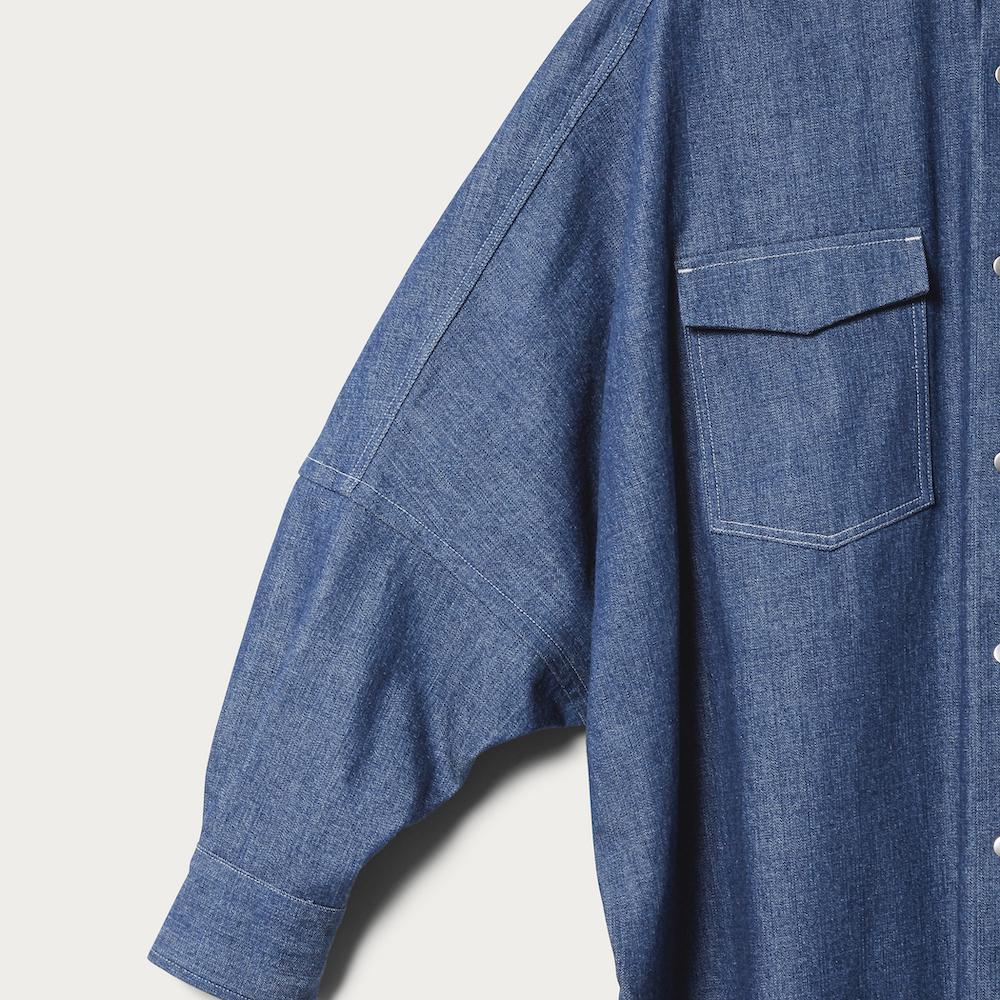 デニムシャツ¥30,800(