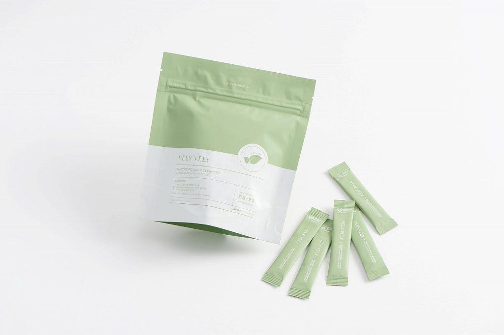 緑茶と酵素パウダーが配合された