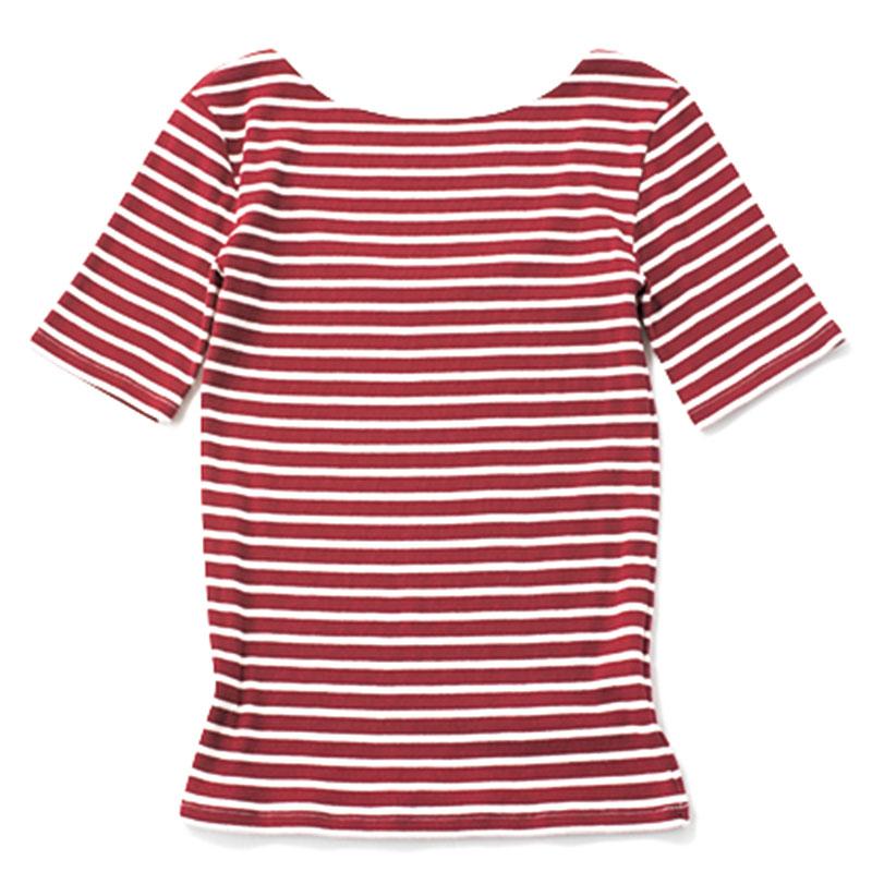【D】ボーダーTシャツ シンプル服が増える真夏に、カラーボーダーが映える。¥5,500(アパートバイローリーズ/アダストリア)