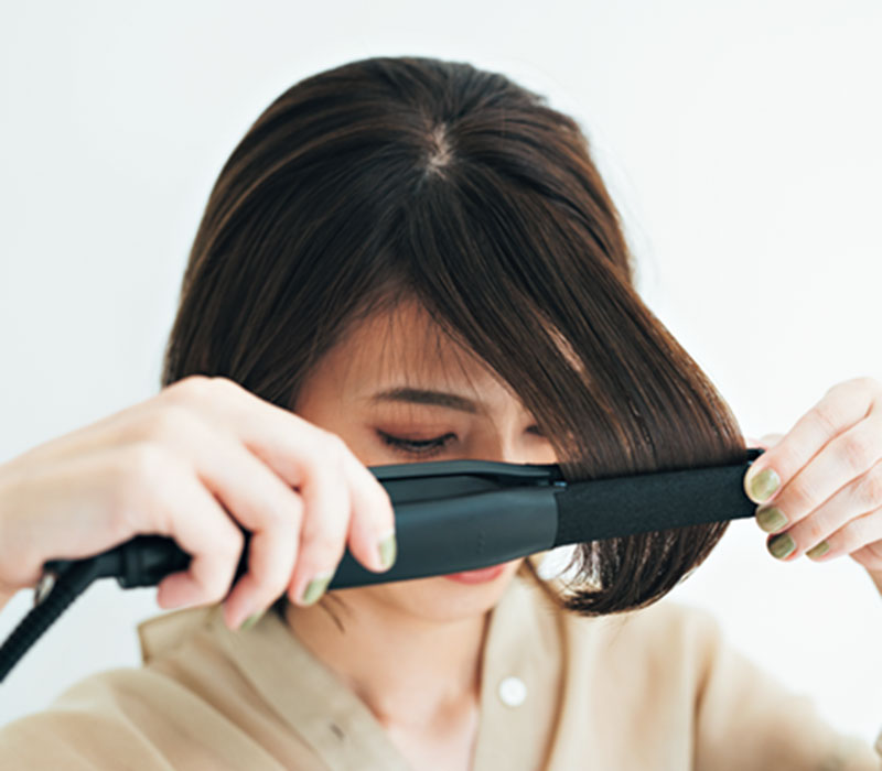 〈右から〉短い髪も安心して巻け