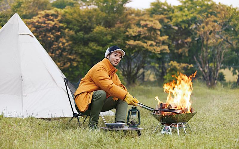 【ワークマン】キャンプやバーベキューにおすすめ!「火花対策シリーズ」【¥4,900のダウンほか】