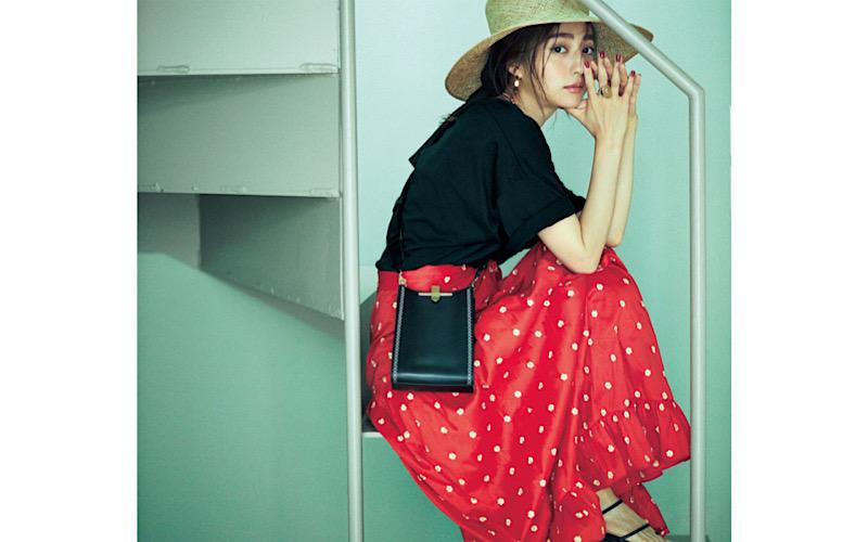 【今日の服装】子供っぽくない「小花柄スカート」コーデって?【アラサー女子】