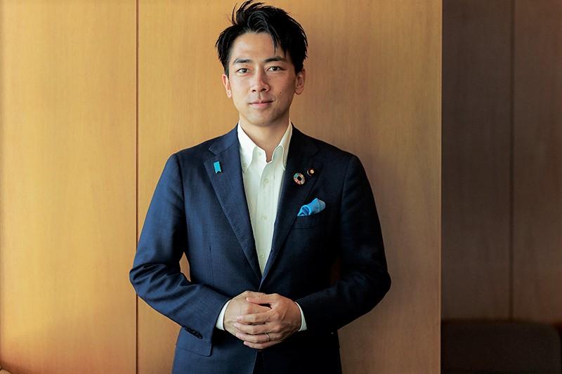 【小泉進次郎環境大臣インタビュー】ファッションとSDGsについて知ってほしいこと