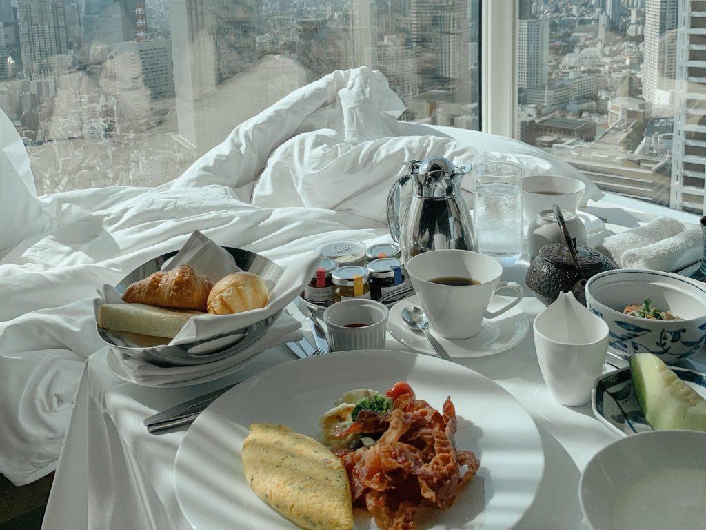 また、朝食も同様に混雑する時間