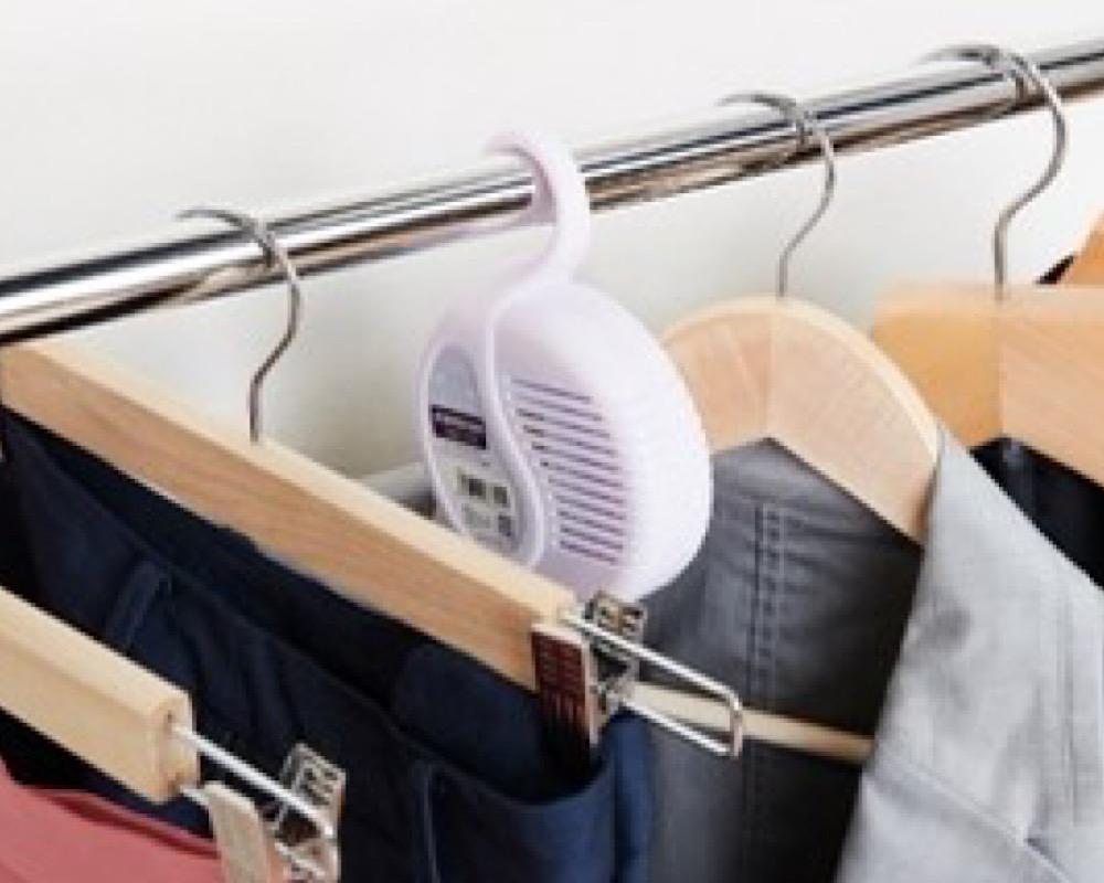 収納方法の工夫は、衣類のしわや