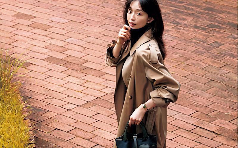 【今日の服装】時代遅れに見えない「トレンチコート」コーデ、今季の正解は?【アラサー女子】